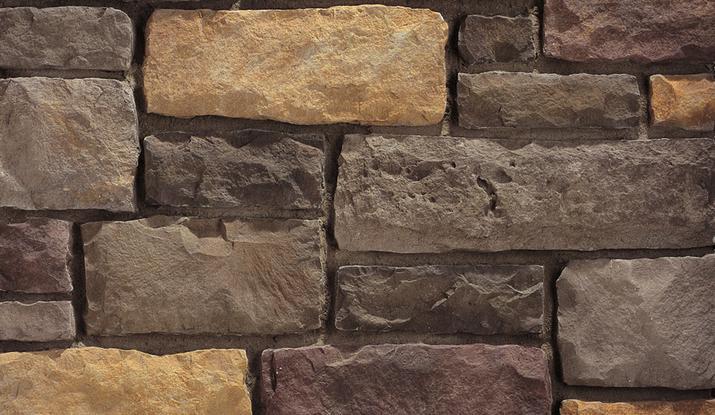 Whiz q stone savannah limestone for Landscaping rocks savannah ga